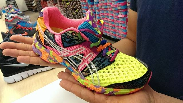 Walking shoes - Female ASICS
