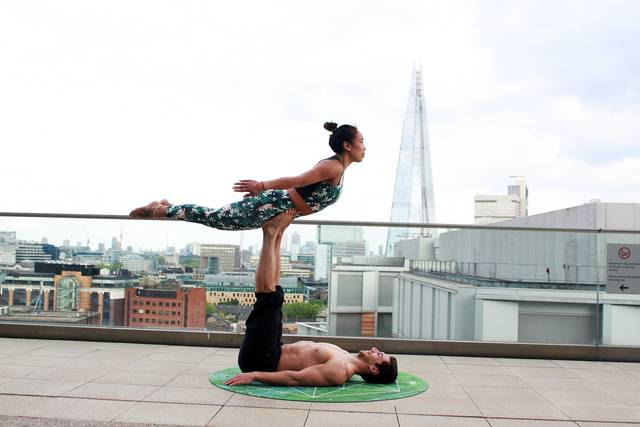 flying superman - Partner Yoga Challenge