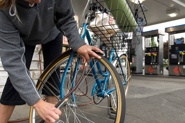 Hybrid Bike Tire Pressure - An Easy Guide To Better Cycling