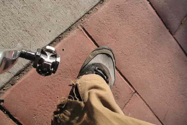 Can You Use Clipless Pedals With Normal Shoes?